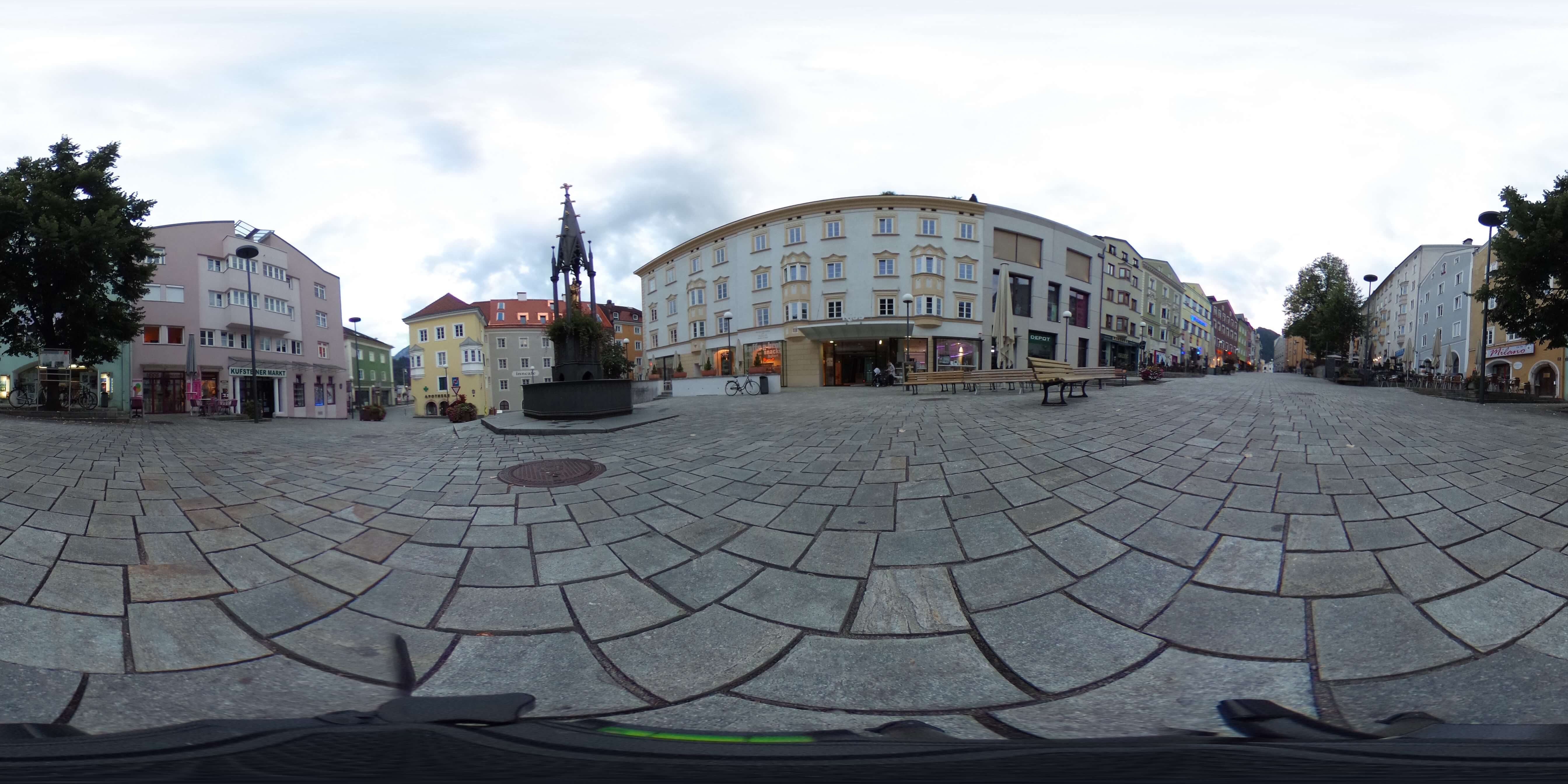 Kufstein-Stadtplatz-Original social media Facebook 360 degree video 360 degree photo